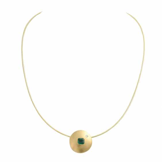 Choker and pendant with emerald - photo 1