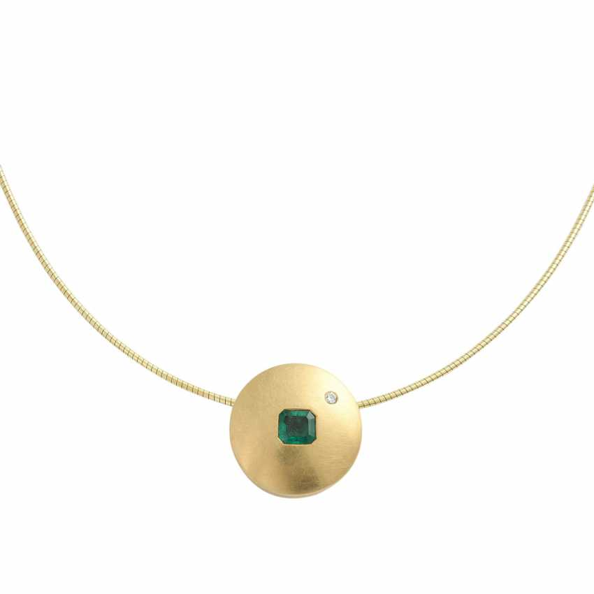 Choker and pendant with emerald - photo 2