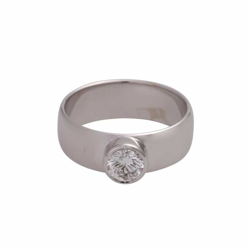 Solitaire ring with brilliant, approximately 0.6 ct, HFW FW (E-F)/VS, - photo 1