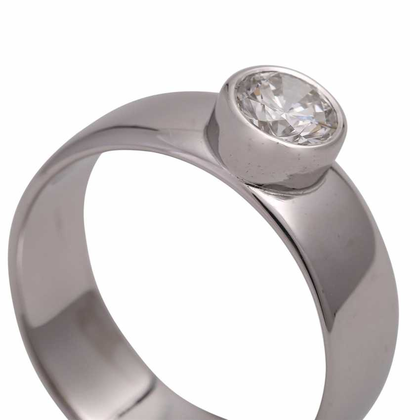 Solitaire ring with brilliant, approximately 0.6 ct, HFW FW (E-F)/VS, - photo 5