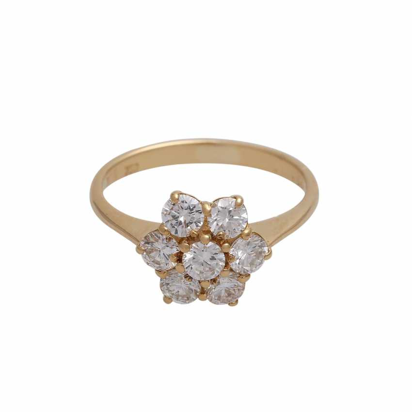 Ring with 7 brilliant-cut diamonds, together approx 0,97 ct (punz.), - photo 1