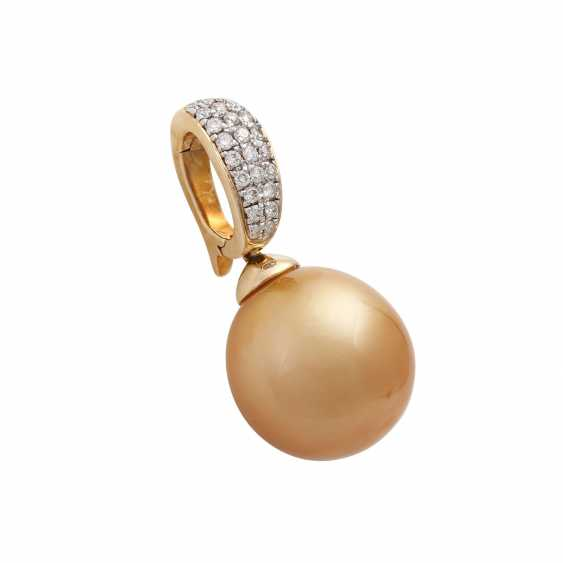 Clip pendant with gold-coloured South sea pearl - photo 2
