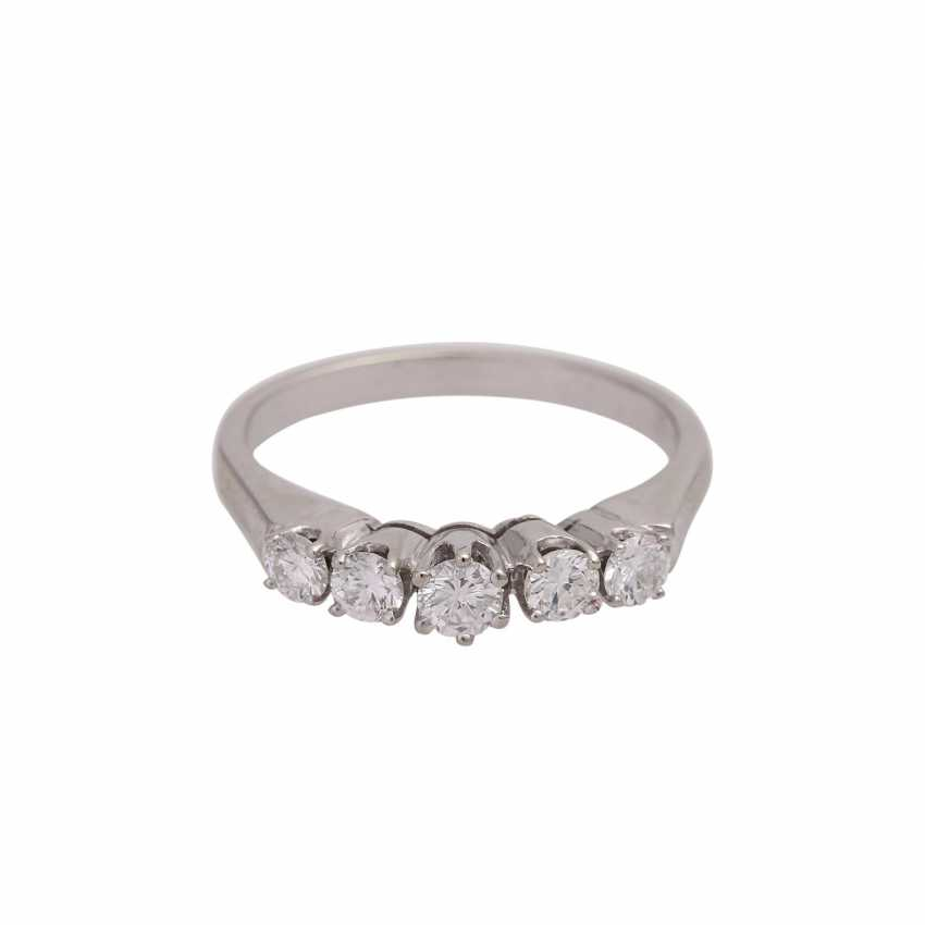 Ring with 5 diamonds, together approx 0.6 ct (punz.), - photo 1