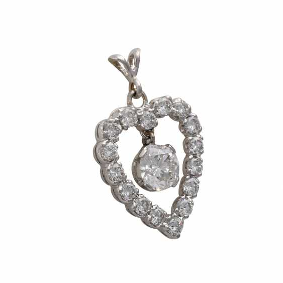 "Brilliant pendant ""heart"", in the middle hanging 1x approx 0,75 ct, - photo 2"