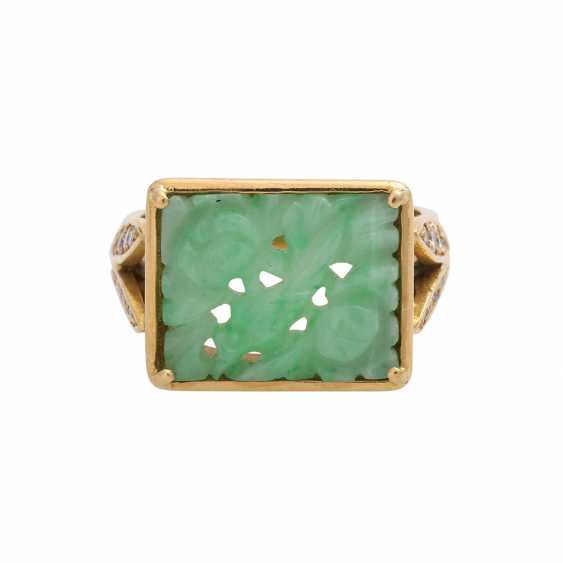 Ring, fine Apple green Jadeplatte, rectangular, engraved, - photo 1