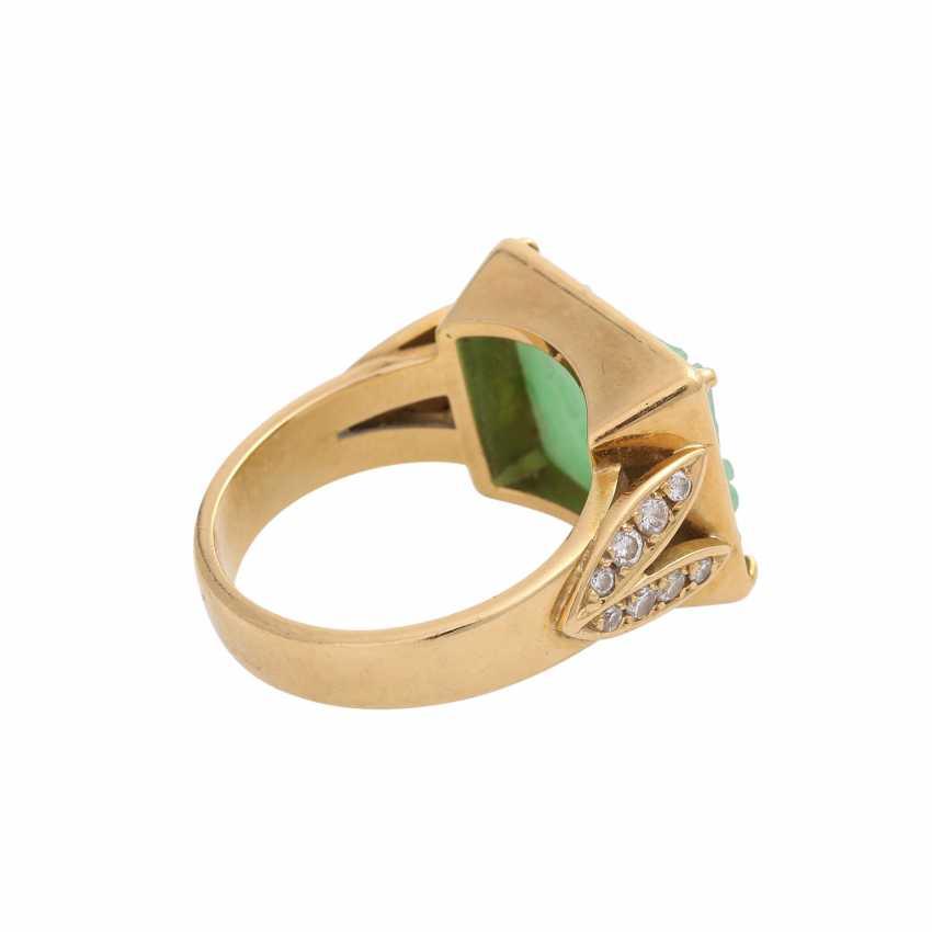 Ring, fine Apple green Jadeplatte, rectangular, engraved, - photo 3