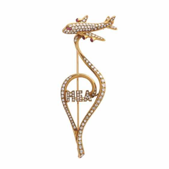 Fancy brooch bes. with 127 octagonal diamonds - photo 1
