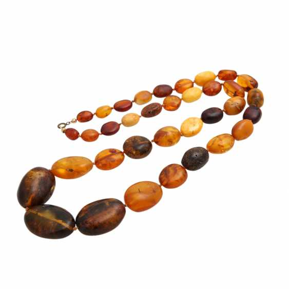 Amber necklace, olive shaped, in the course of, - photo 3