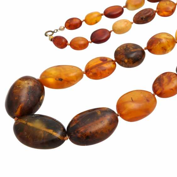 Amber necklace, olive shaped, in the course of, - photo 4
