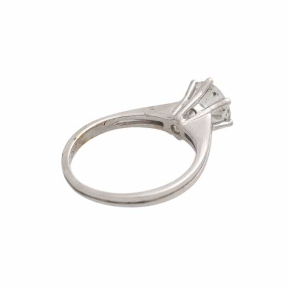 Solitaire ring with brilliant, approximately 1,3 ct, WHITE (H)/P3, - photo 3