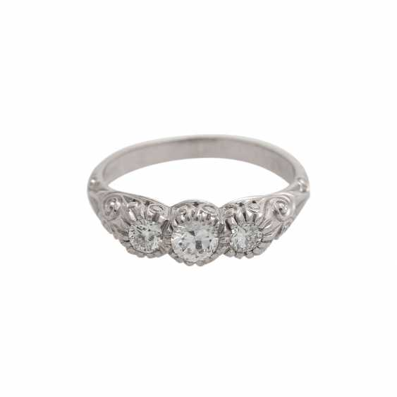 Ring with 3 diamonds, together approx 0,45 ct, HFW-WHITE (E-H)/VS, - photo 1