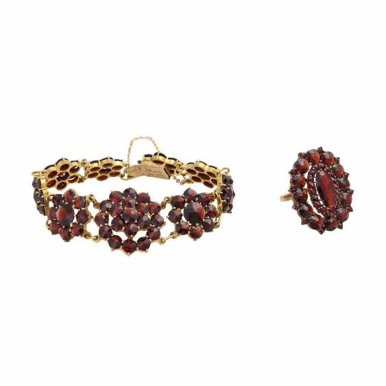 Set of Ring and bracelet bes. with garnet, - photo 1