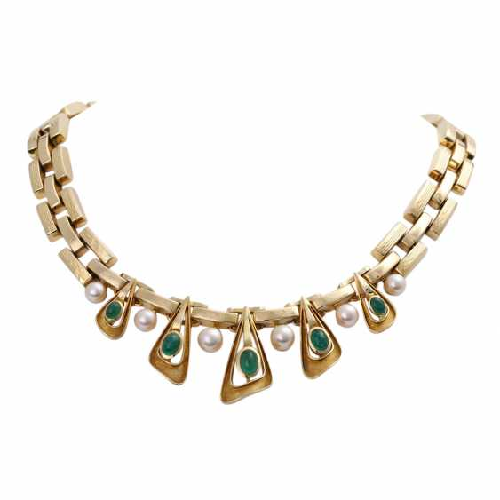 Necklace with 5 oval-shaped emerald cabochons - photo 1