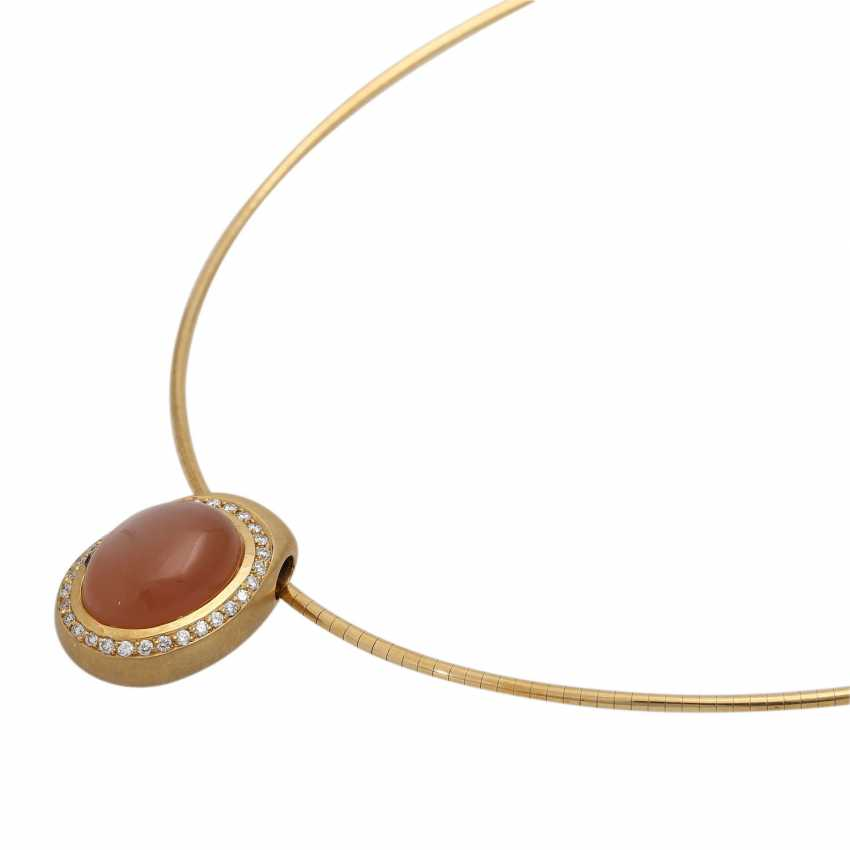 Necklace with oval moonstone, orange, approx. 17x11 mm, - photo 4