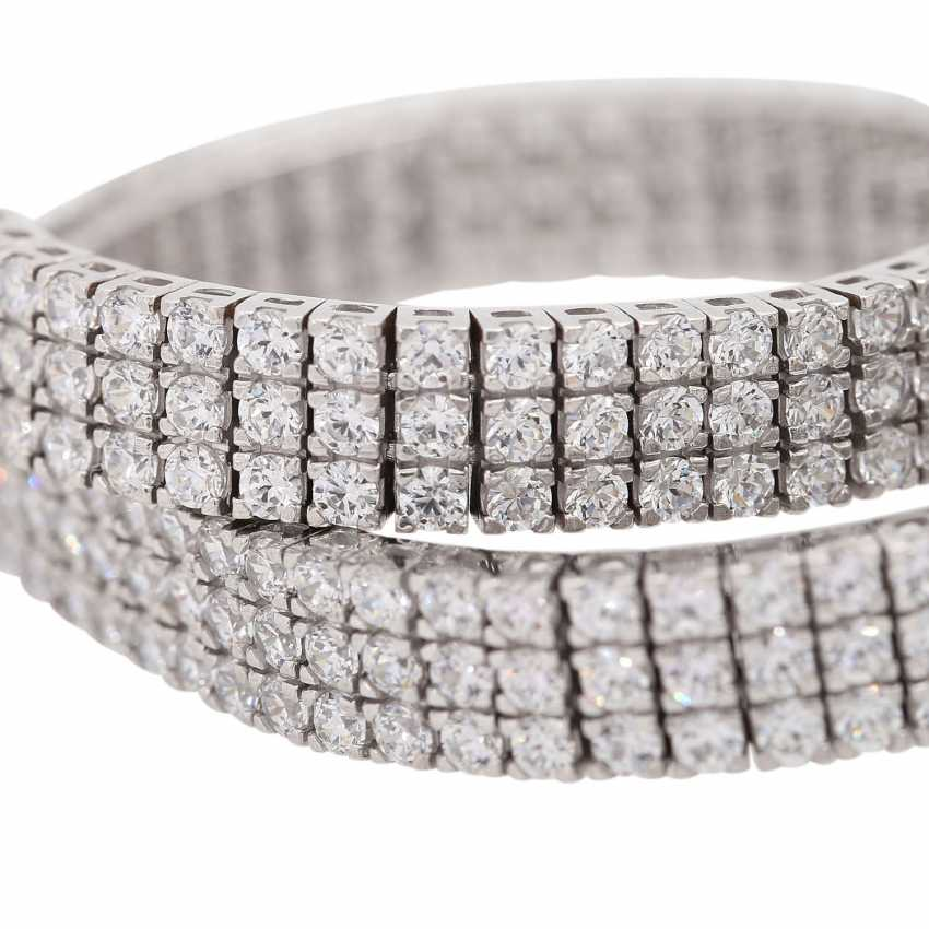 Bracelet set with approx. 282 brilliant-cut diamonds, together approx. 3 ct, - photo 6