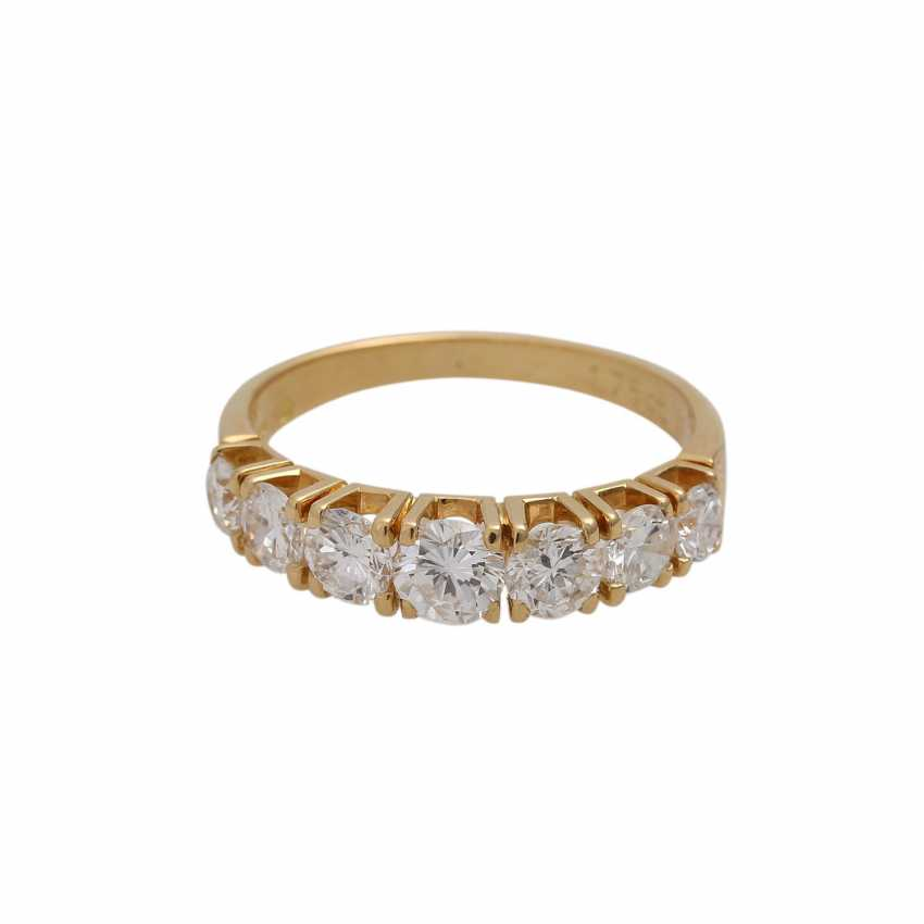Ring with 7 brilliant-cut diamonds, together approx. 1,75 ct (engraved), - photo 1
