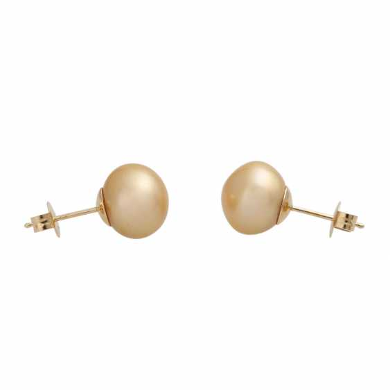 Stud earrings with 1 champagne colored South sea cultured pearl, - photo 2