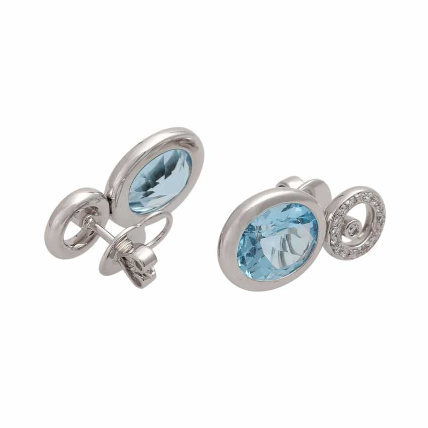 Ear studs, each with 1 blue Topaz and brilliant-cut diamonds, together approx 0.36 ct. - photo 3