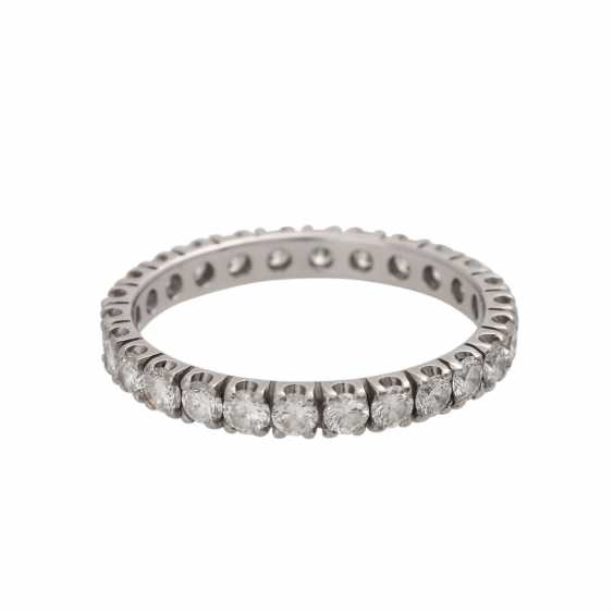 Eternity ring with 26 brilliant-cut diamonds - photo 1