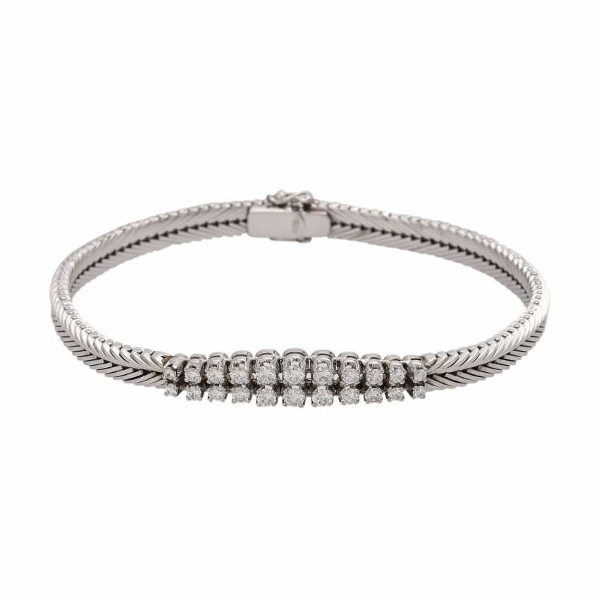 Bracelet with brilliant-cut diamonds together approximately 0.9 ct, - photo 1