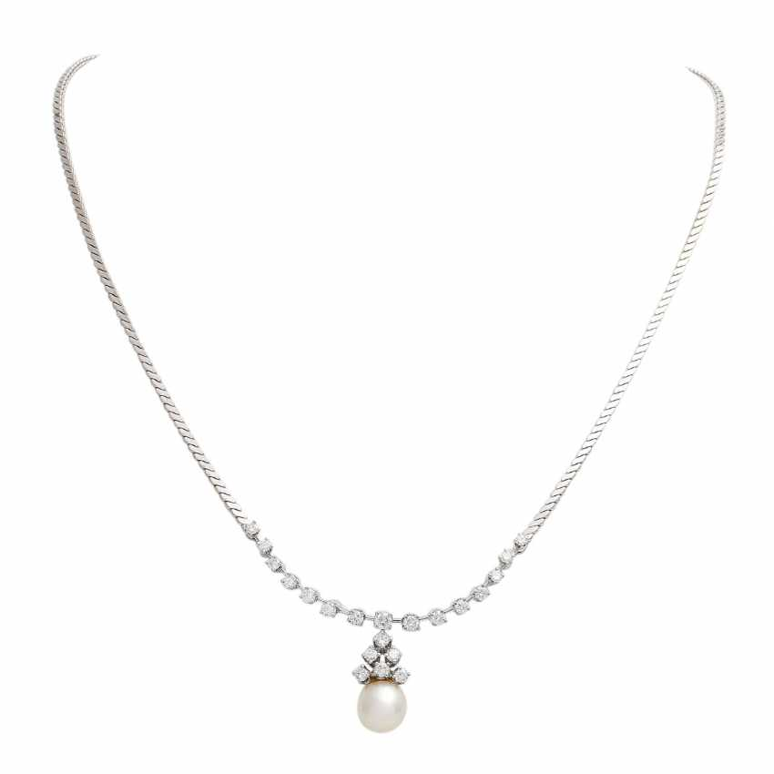 Necklace with pearl and brilliant-cut diamonds, together approx. of 1.4 ct, - photo 1
