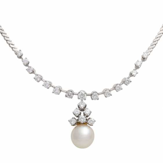 Necklace with pearl and brilliant-cut diamonds, together approx. of 1.4 ct, - photo 2