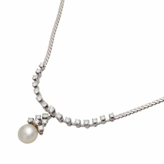 Necklace with pearl and brilliant-cut diamonds, together approx. of 1.4 ct, - photo 4