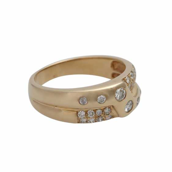 Ring with brilliant-cut diamonds, together approx. 0,65 ct - photo 2