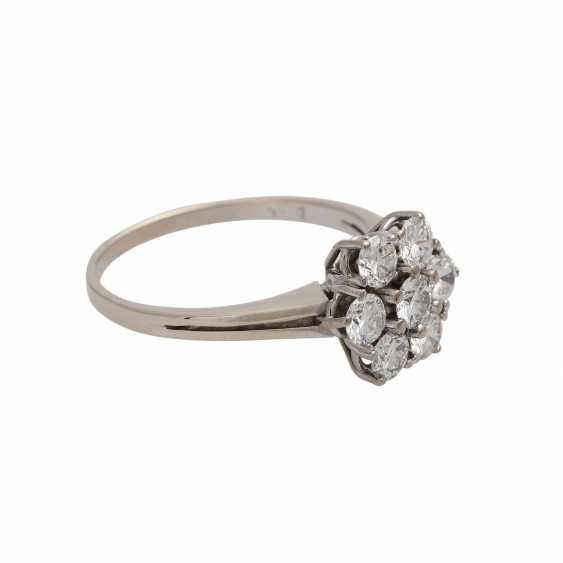 Ring with brilliant-cut diamonds together approximately 1.1 ct, - photo 2