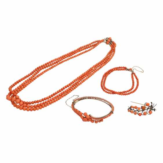 Collection of coral jewelry 4-piece, - photo 1