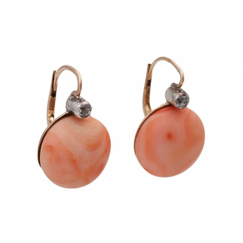 Earrings with precious coral - photo 1