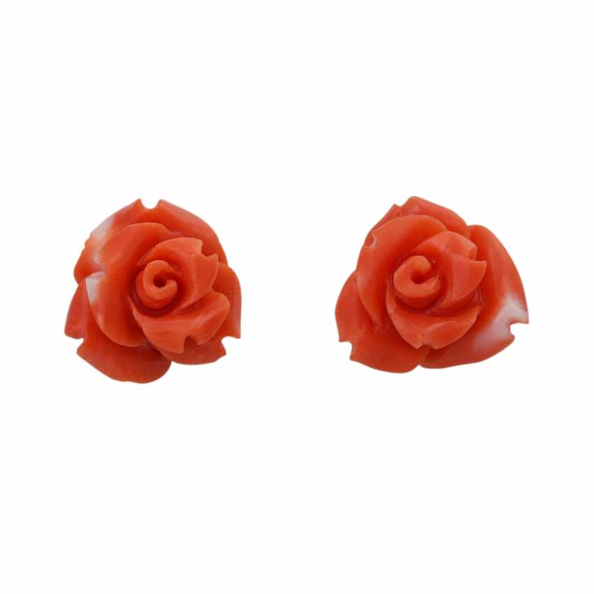 Pair of stud earrings made of precious coral, - photo 1