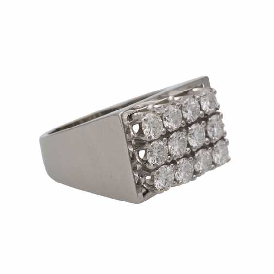 BUCHERER Ring with brilliant-cut diamonds, together approx 1.2 ct, - photo 2