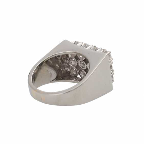 BUCHERER Ring with brilliant-cut diamonds, together approx 1.2 ct, - photo 3