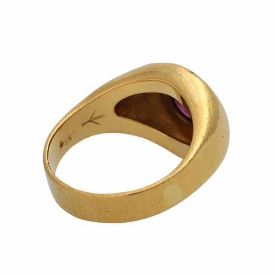 Ring mit Rubincabochon ca. 2 ct, - photo 3