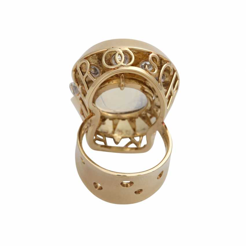 Ring with moon stone approx. 13 ct and brilliant-cut diamonds - photo 4