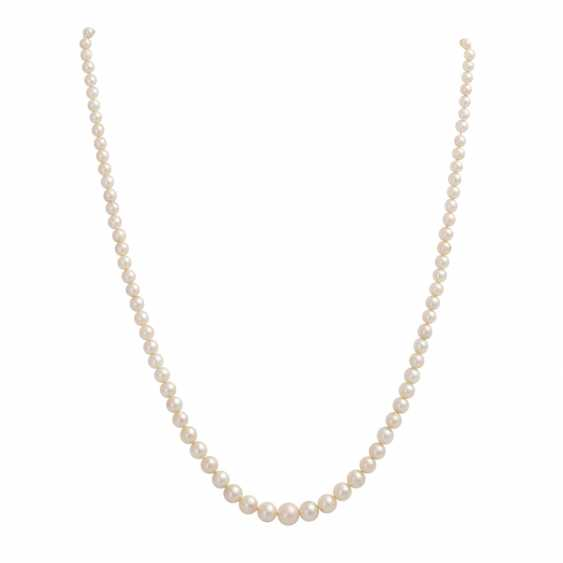 3 necklaces of Akoya cultured pearls - photo 3