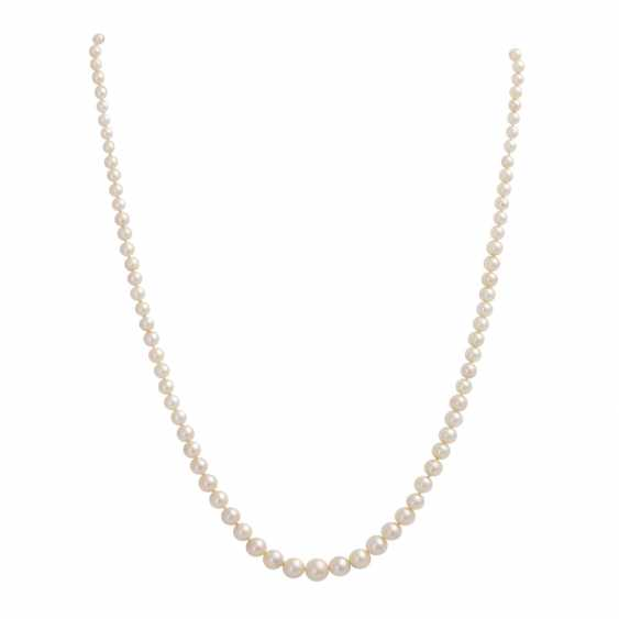 3 necklaces of Akoya cultured pearls - photo 4