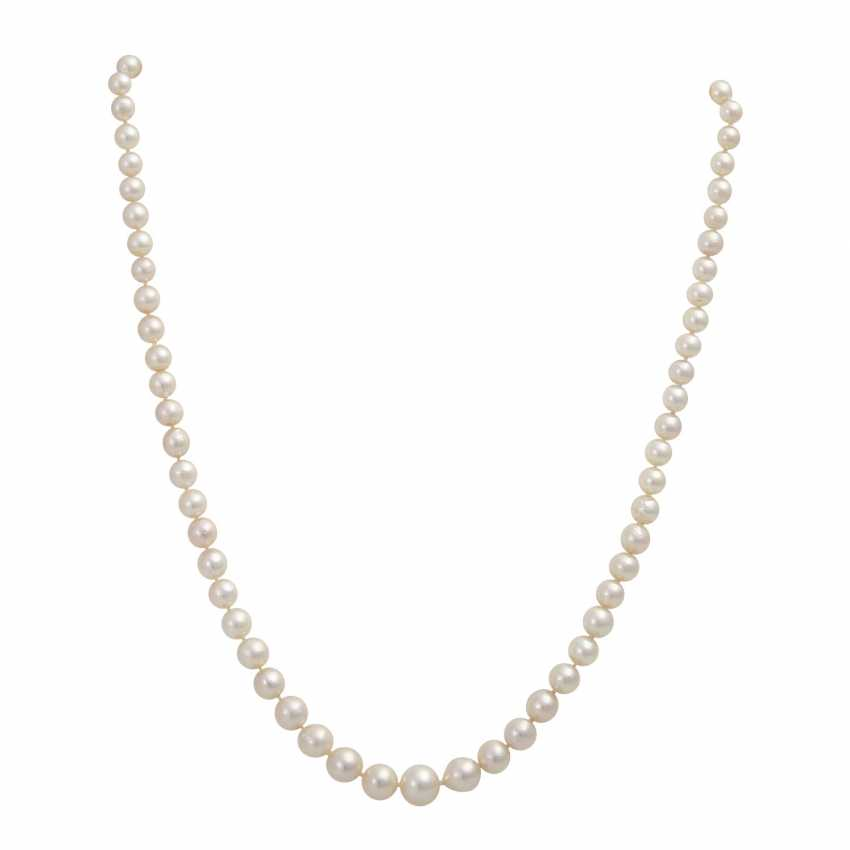 Necklace of Akoya cultured pearls - photo 1