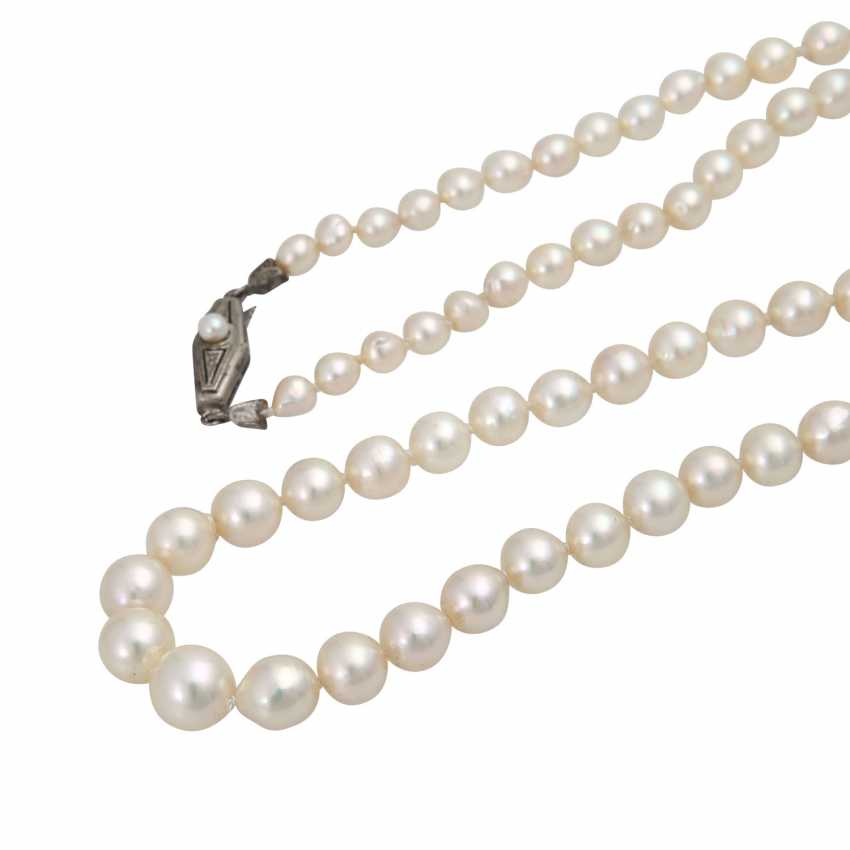 Necklace of Akoya cultured pearls - photo 4
