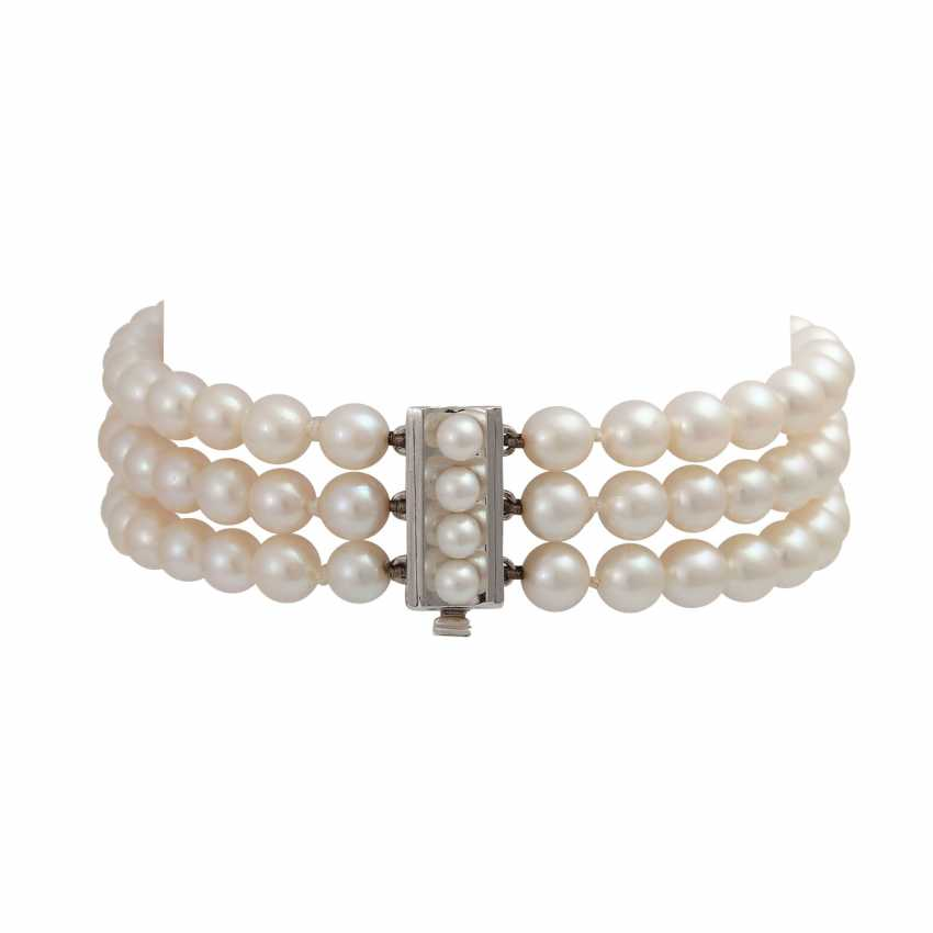 3-row bracelet of Akoya cultured pearls - photo 2