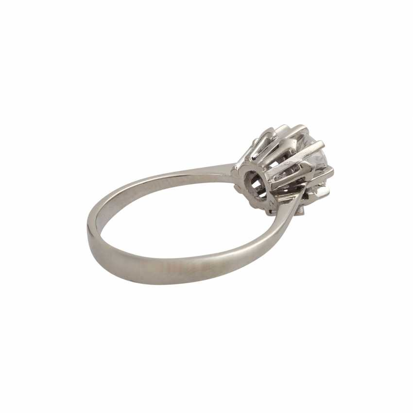 Ring with brilliant-solitaire of 1,003 ct - photo 3