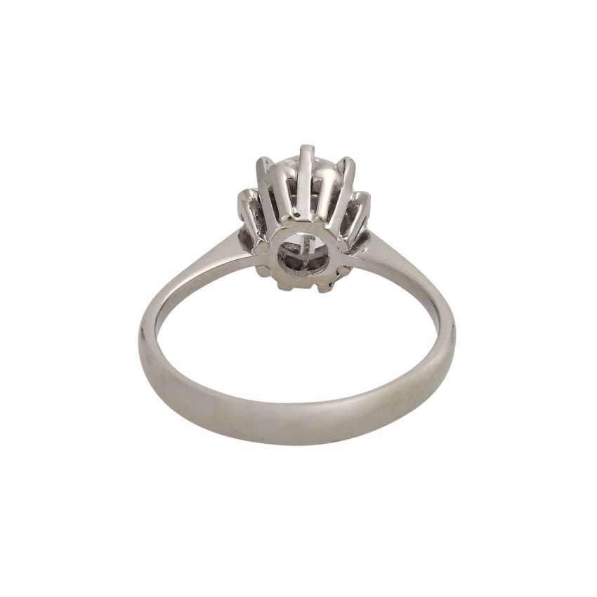 Ring with brilliant-solitaire of 1,003 ct - photo 4