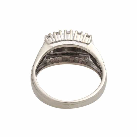 Ring with diamond of 0.60 ct, - photo 4