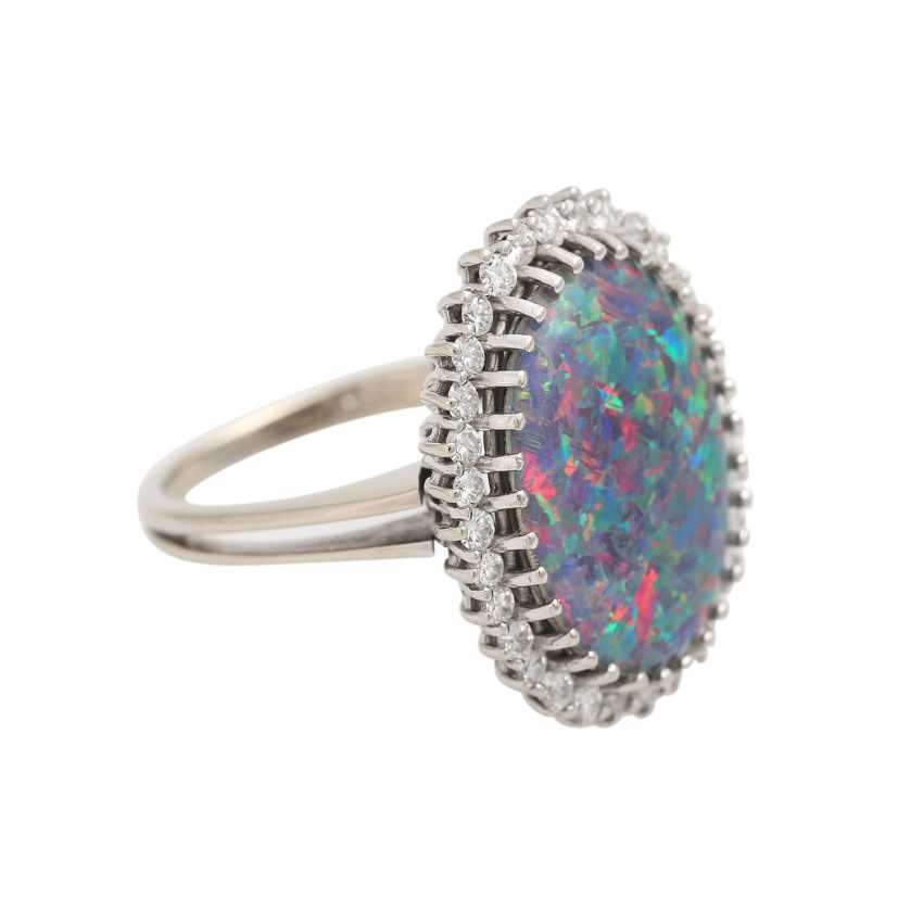 Ring with Opal-triplette and diamonds - photo 2