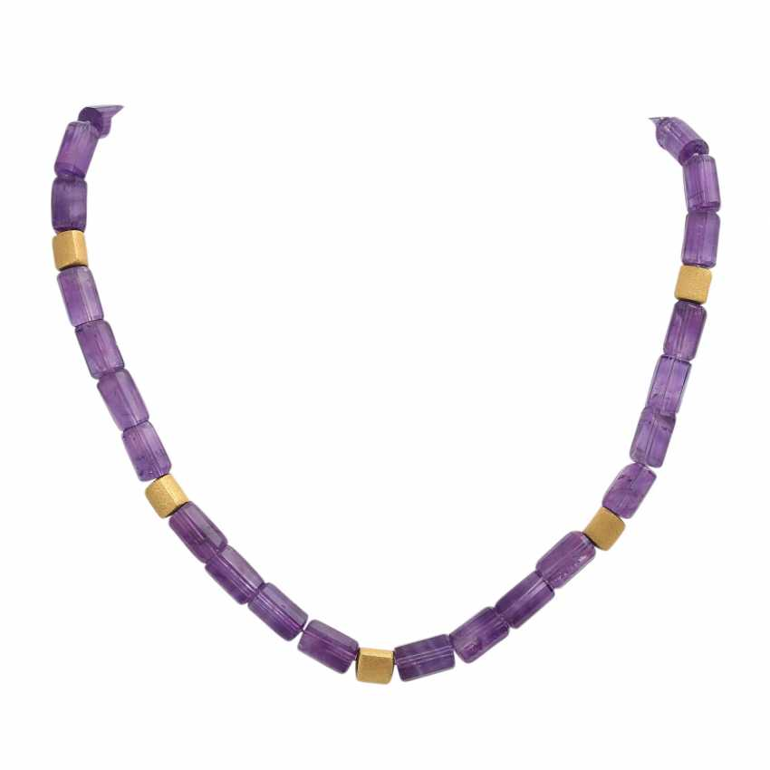 Amethyst colllier with gold-plated intermediate parts, - photo 1