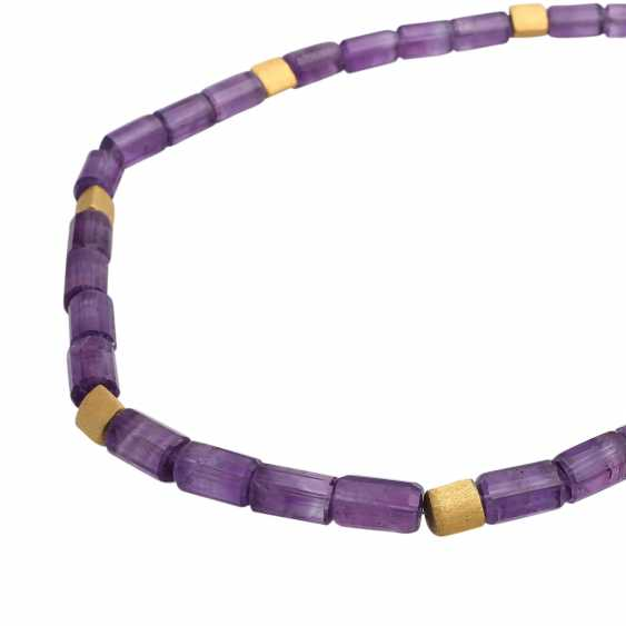 Amethyst colllier with gold-plated intermediate parts, - photo 4