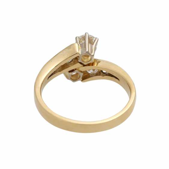 Ring with brilliant-cut diamonds together approximately 0.9 ct, - photo 4