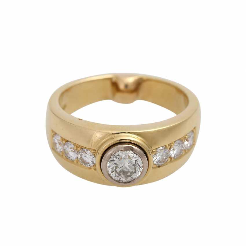 Ring mit zentralem Brillant ca. 0,5 ct, - photo 1
