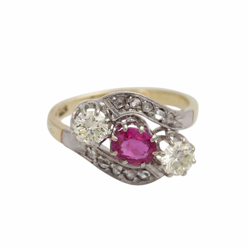 Ruby ring with diamonds - photo 1